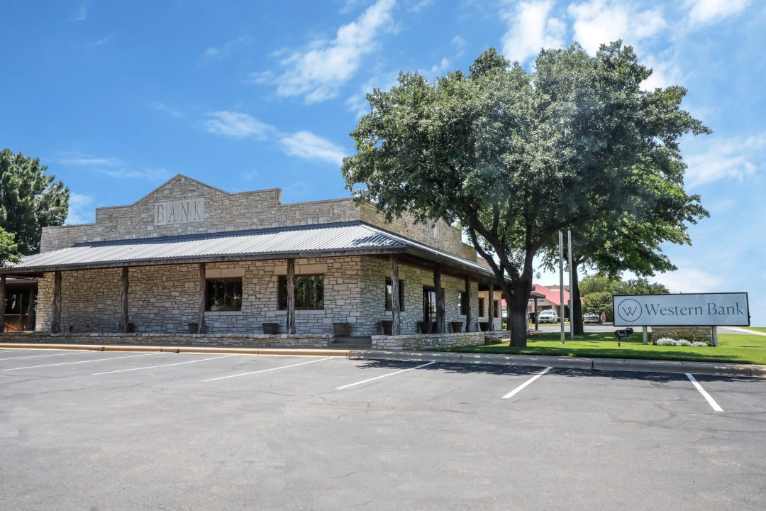 Western Bank Lubbock, TX 82nd Street